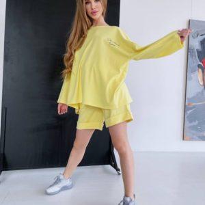 Заказать дешево женский спортивный костюм оверсайз с шортами светло желтый