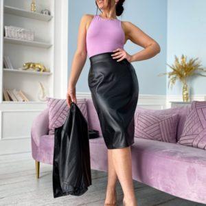 Приобрести по низким ценам женский костюм из эко кожи черный : жакет+юбка (размер 50-56) в Украине