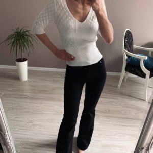 Приобрести белого цвета женский трикотажный дешево джемпер с рукавом 3/4 в Украине