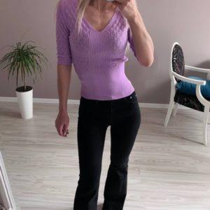 Заказать по скидке женский трикотажный джемпер с рукавом 3/4 сиреневого цвета