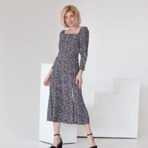 Купить черное принтованное женское платье миди с разрезом на ноге (размер 40-54) недорого