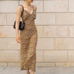Заказать недорого принтованное женское платье макси на бретельках коричневого цвета