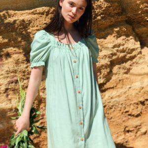 Купить фисташковое платье для женщин с поясом из натурального льна (размер 42-48) недорого