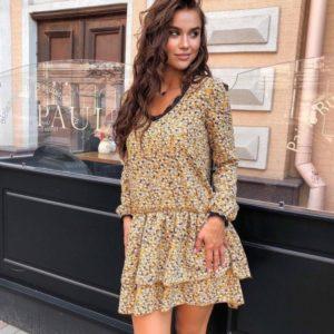 Купить онлайн горчичное платье свободного кроя с кружевом для женщин