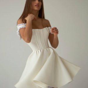 Купить молочного цвета женское корсетное платье с пышной юбкой солнце недорого