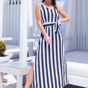 Купить женское длинное платье в вертикальную полоску черное с поясом по скидке