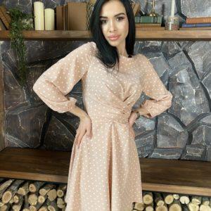 Заказать недорого женское платье в горошек на запах с поясом (размер 42-52) бежевого цвета