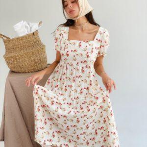 Заказать онлайн бежевое платье миди из штапеля с коротким рукавом (размер 42-48) для женщин