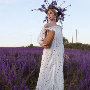 Приобрести недорого белого цвета платье-рубашка макси в горошек для женщин