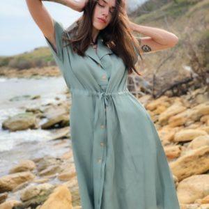 Приобрести недорого женское платье-рубашка из льна длины миди цвета оливка