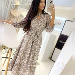 Купить выгодно женское шифоновое платье миди в цветочный принт бежевого цвета