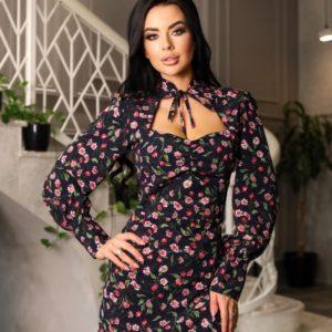 Заказать недорого для женщин цветочное платье с разрезом и воротником (размер 42-48) черного цвета