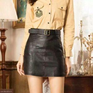 Заказать по скидке женскую юбку мини из экокожи с поясом в комплекте черного цвета