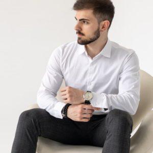 заказать белую мужскую приталенную рубашку недорого с доставкой