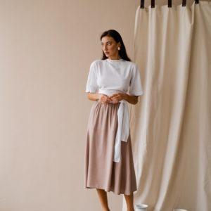 Купить онлайн женский бежевый костюм: юбка миди с двусторонней блузой (размер 42-48) в Украине