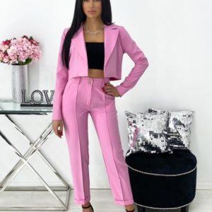 Заказать недорого розовый брючный костюм с укороченным жакетом (размер 42-48) для женщин