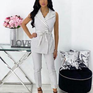 Заказать дешево для женщин костюм в полоску: жилетка+брюки (размер 42-48) белый