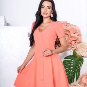 Заказать цвета коралл женское однотонное платье с коротким рукавом (размер 42-48) недорого