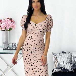 Купить онлайн платье для женщин в горох с рукавами-фонариками (размер 42-48) цвета пудра