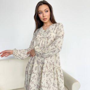 Заказать молочного цвета женское воздушное платье в цветочный принт онлайн