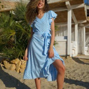 Заказать по скидке женское платье в горошек с рюшами (размер 42-54) голубое