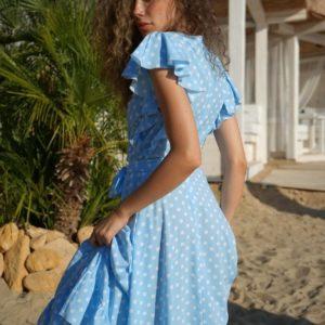 Приобрести голубое женское платье в горошек с рюшами (размер 42-54) в интернете