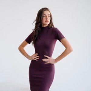 Заказать по низким ценам марсала женское платье-гольф с коротким рукавом (размер 42-48)