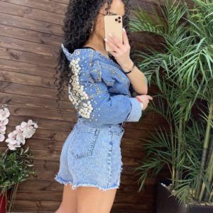 Купити онлайн жіночі короткі джинсові шорти з поясом блакитного кольору