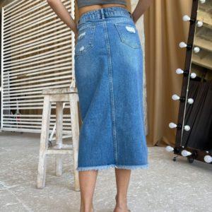 Приобрести джинсовую юбку миди женскую синюю с потертостями недорого