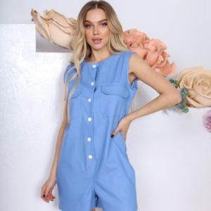 Купити блакитного кольору жіночий комбінезон з шортами на заклепках в Україні