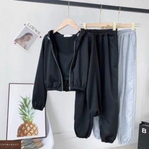 Заказать женский черный костюм тройку с топом для пробежек из весенней коллекции по скидке