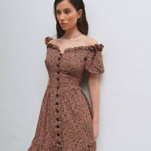 заказать мни платье цвета мокко с талией по выгодной цене онлайн