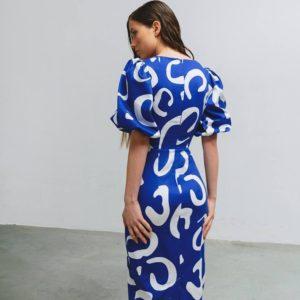 заказать миди платье с коротким рукавом в синем цвете по выгодной цене от поставщика