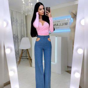 Купить по скидке голубые высокие джинсы с вырезами для женщин