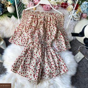 Заказать дешево женский цветочный комбинезон с открытыми плечами бежевого цвета