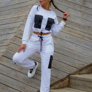 Заказать онлайн белый спортивный костюм с карманами (размер 42-48) для женщин