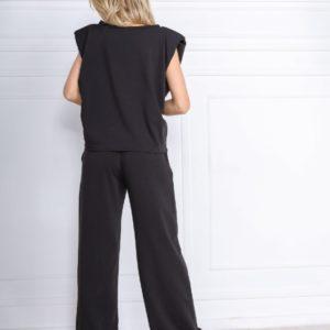 Приобрести в интернете черный костюм с футболкой с подплечниками для женщин