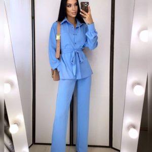Заказать по скидке голубой брючный костюм с рубашкой и поясом для женщин