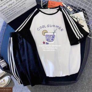 Приобрести черный женский летний костюм: футболка + шортики по скидке