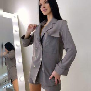 Купить женский выгодно летний костюм с шортами и пиджаком цвета капучино