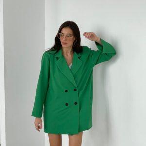 Приобрести зеленого цвета женский удлиненный пиджак с подплечниками в Украине