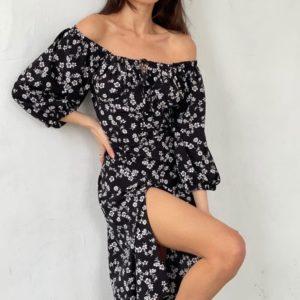 Приобрести недорого черное платье с открытыми плечами и разрезом (размер 42-52) для женщин