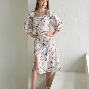 Приобрести онлайн молочное шелковое платье в цветочный принт с разрезом (размер 42-52) для женщин