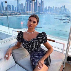 Купить онлайн черное платье в горошек с рукавами-фонариками (размер 42-48) для женщин
