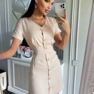 Купить недорого молочное приталенное платье-рубашку мини для женщин