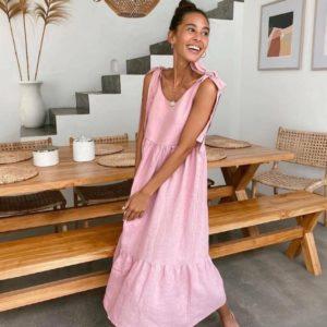 Заказать в интернете розовый льняной сарафан с бретелями-завязками (размер 42-48) для женщин