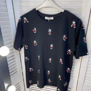 Заказать черную женскую футболку с маленькими Микки выгодно