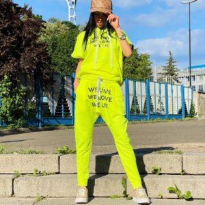 Заказать лимонный женский спортивный костюм с коротким рукавом (размер 42-52) в интернете