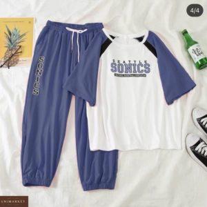 Приобрести цвета джинс женский костюм с футболкой Sonics по скидке