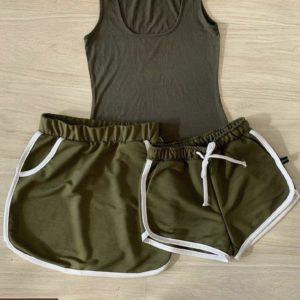 Приобрести женский костюм тройка: майка, юбка и шорты цвета хаки онлайн